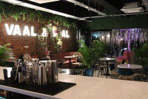 Vaal & Vaal cocktail lounge
